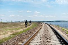 Zalew Siemianówka. W oddali, za mostem - Białoruś