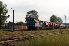 Czersk, pociąg towarowy nieznanej relacji, lokomotywy ST 44-1227 i SM 42-? (2018)