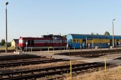 Czersk, pociąg relacji Gdynia-Chojnice, lokomotywa SU 42 534 i wagony Bipa (już nieużywane) 2015