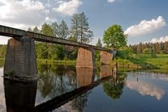 Gulbin, dawny most koleji wąskotorowej na Czarnej Hańczy (2011)